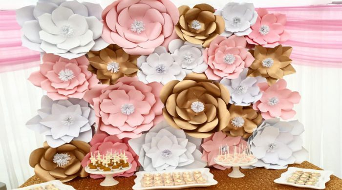 thiết kế backdrop hoa giấy