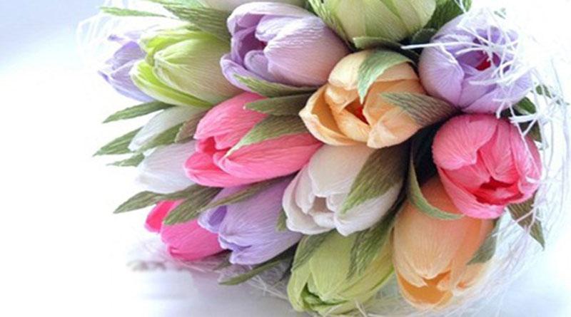 Mẫu hoa giấy gắn kẹo cute cho party