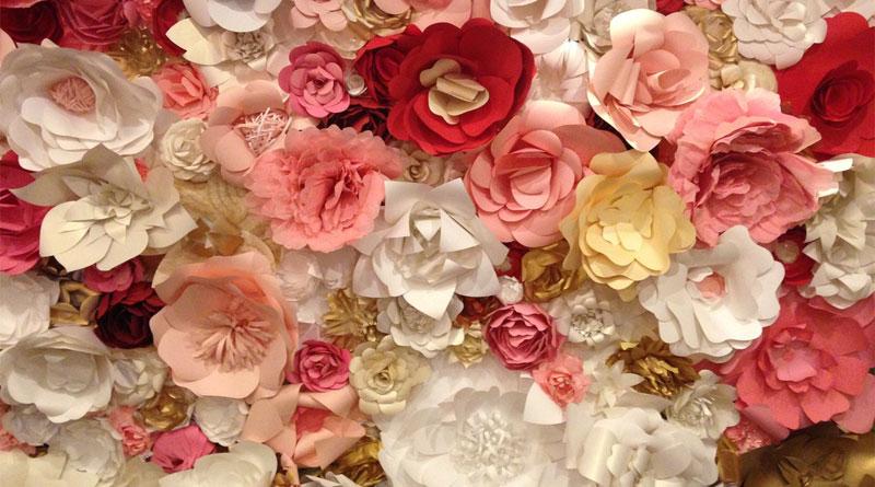 Chọn backdrop hoa giấy đám cưới tại HN