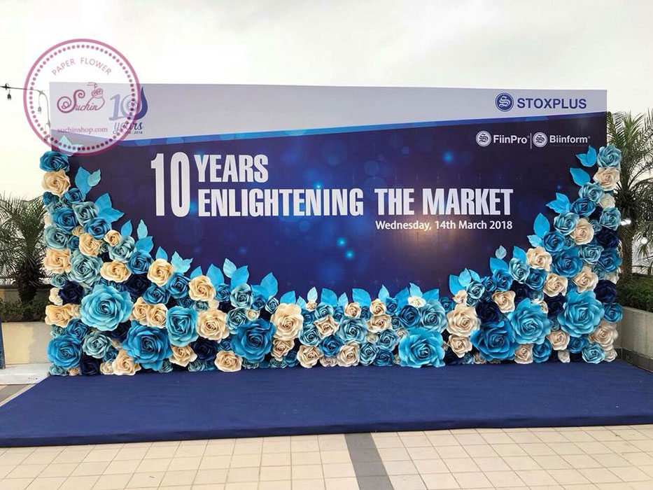 Backdrop hoa giấy công ty cổ phần Stoxplus-10 Years Enlightening The Market