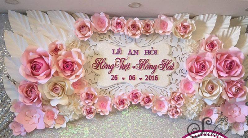 Ý tưởng trang trí backdrop hoa giấy đám cưới thông dụng