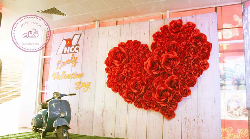 Backdrop hoa giấy giá rẻ đẹp ,tiết kiệm chi phí