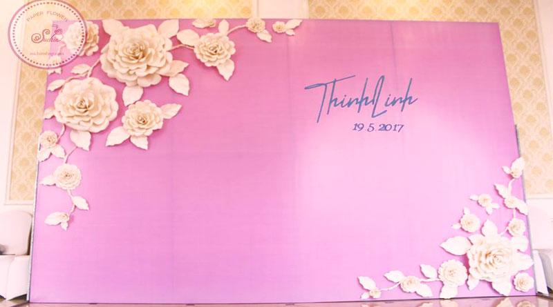 Hoa giấy trang trí cưới đẹp hiện nay