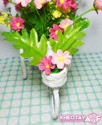 làm hoa giấy trang trí đón xuân về6làm hoa giấy trang trí đón xuân về6