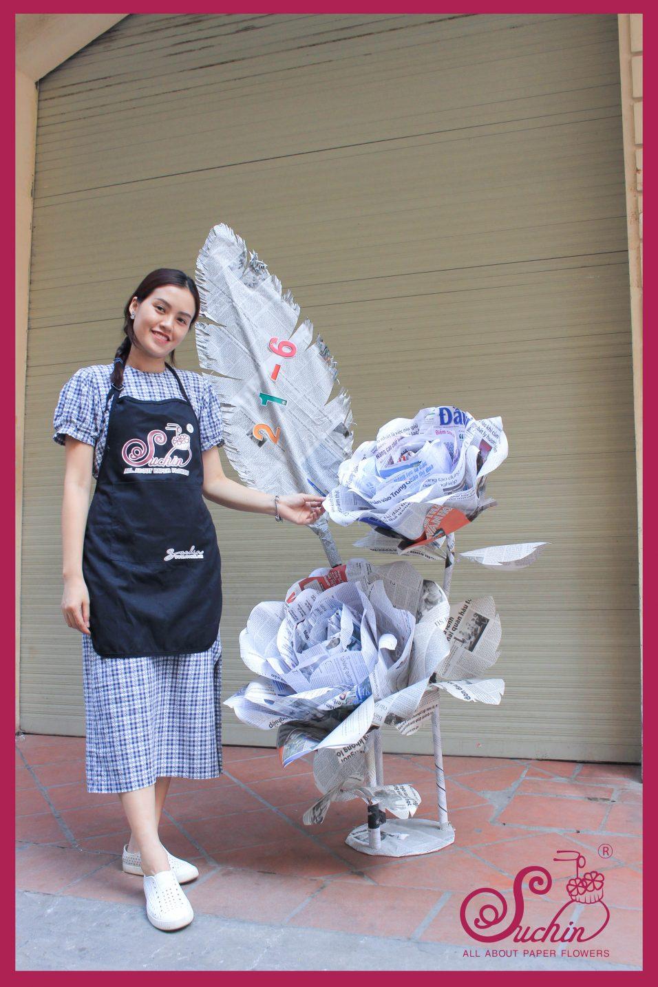 Cụm hoa giấy báo – Sản phẩm chúc mừng ngày báo chí cách mạng Việt Nam