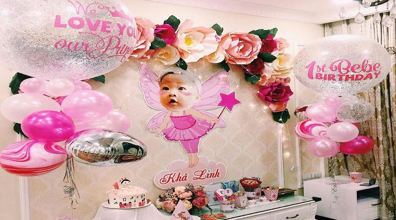 Mẫu backdrop hoa giấy sinh nhật tại HN