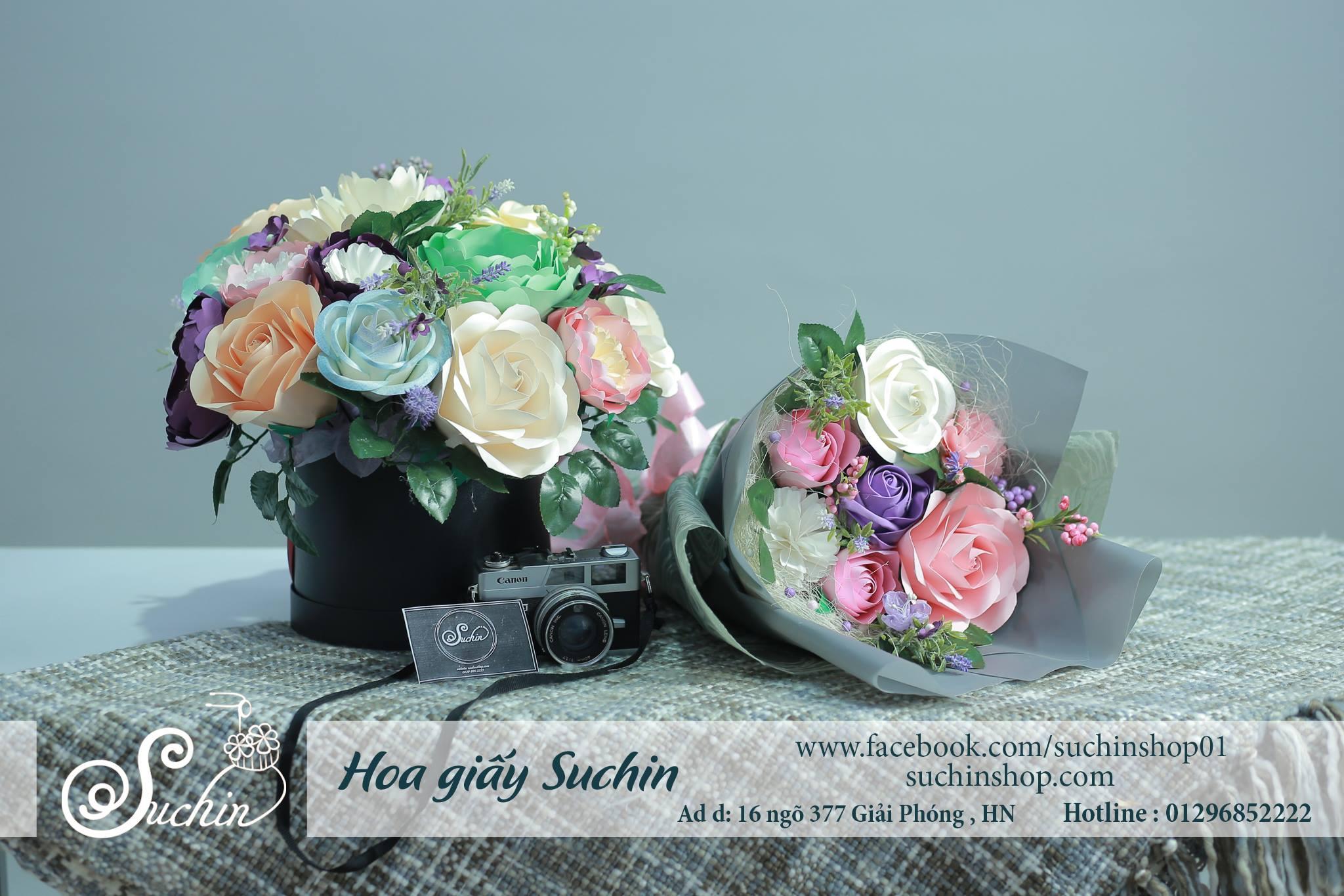 Quà tặng hộp hoa giấy kèm bó hoa