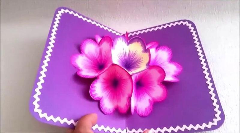 Cách làm hoa giấy 3D gắn thiệp độc đáo