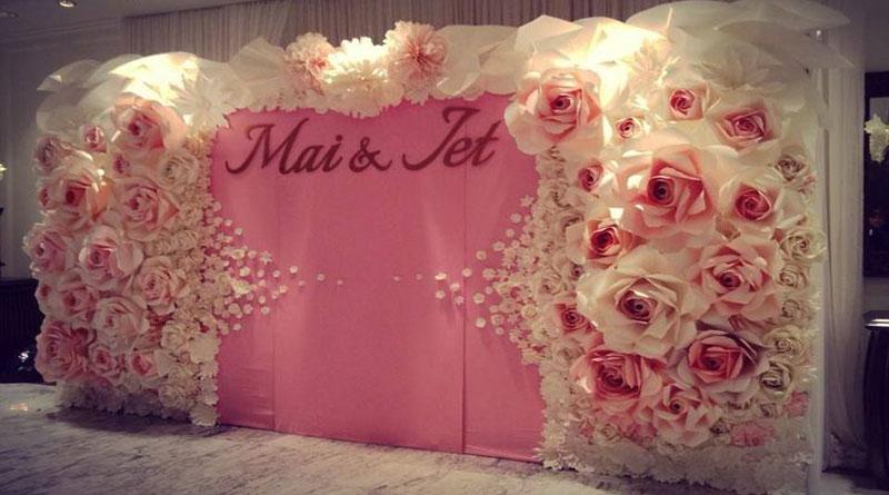 Chọn backdrop đám cưới giá rẻ được yêu thích hiện nay