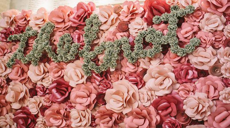 Lý do khiến backdrop hoa giấy Hà Nội thành xu hướng