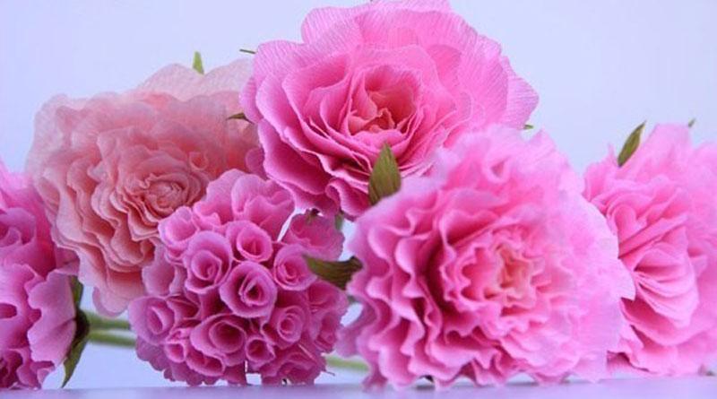 Top 3 mẫu hoa giấy nhún để bàn yêu thích nhất