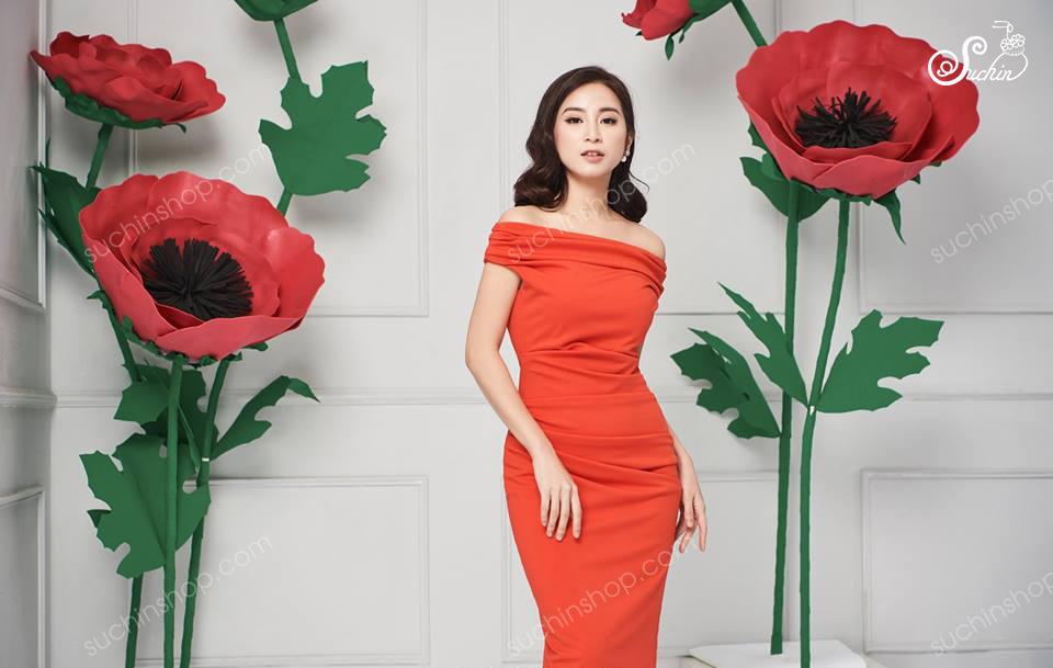 Cây hoa mút xốp trang trí hãng thời trang HEBE