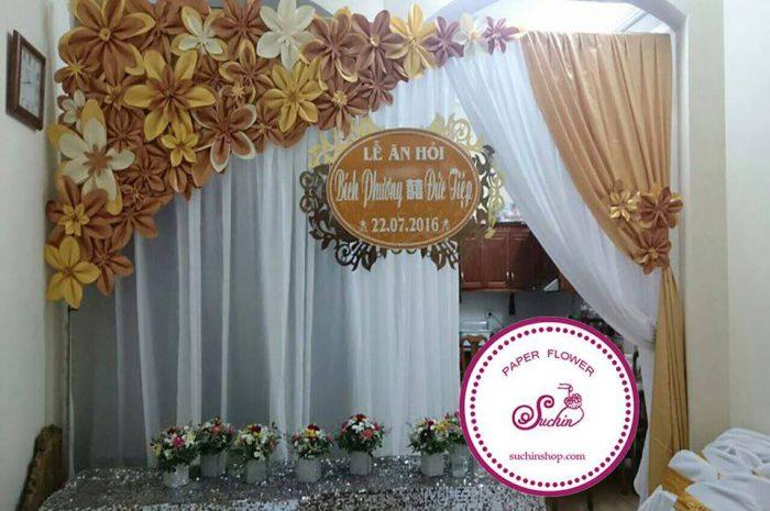 backdrop hoa giấy đám cưới đẹp