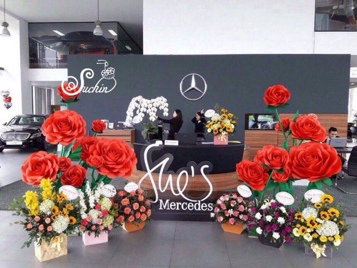 trang trí hoa giấy đám cưới hn