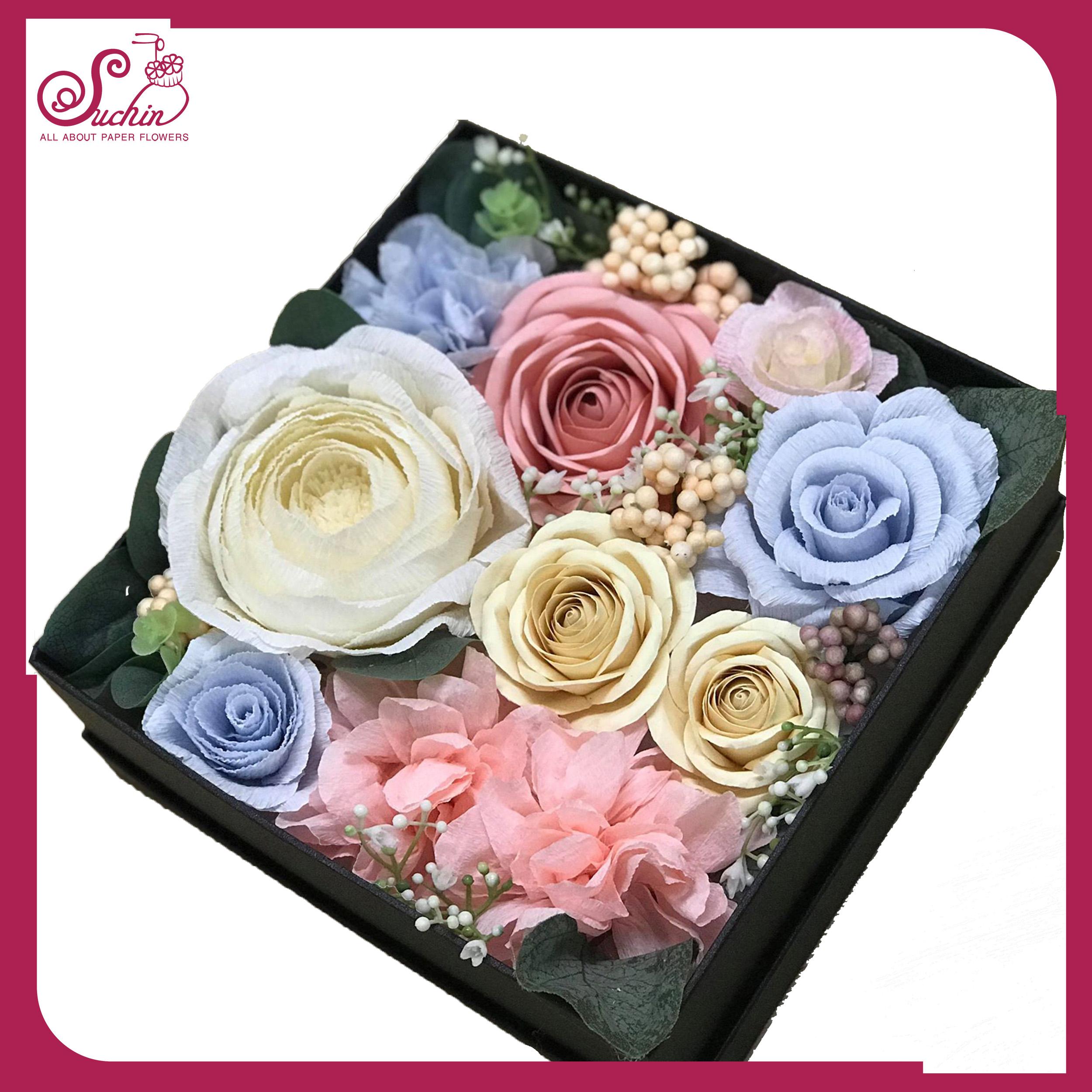 Hộp hoa giấy hình vuông tone màu xanh hồng