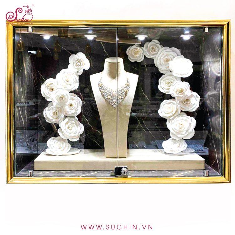 Mẫu hoa decor trang sức DOJI