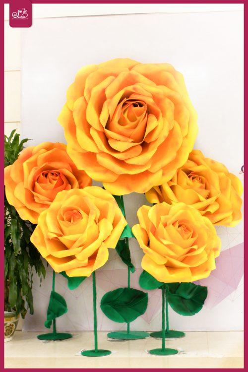 Cây hoa hồng mút xốp khổng lồ đường kính 1,5m