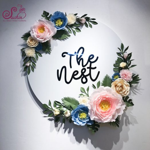 Hoa giấy trang trí logo The Nest