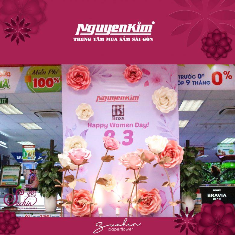 Backdeop hoa giấy trang trí 8/3 Nguyenkim