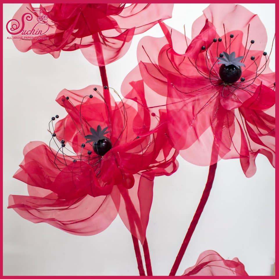 Hoa voan màu đỏ trang trí sự kiện, nhà cửa đón Tết
