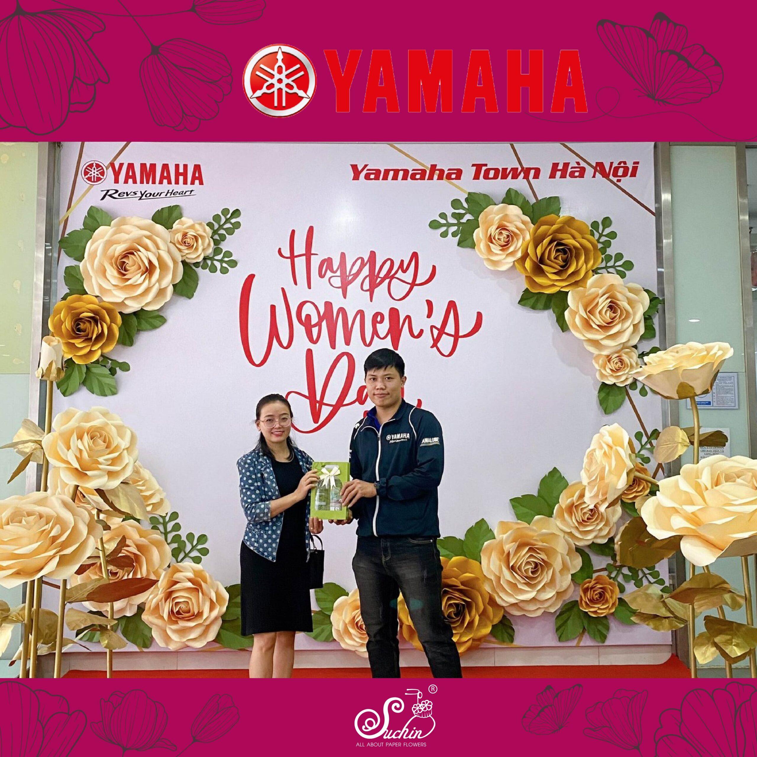 Yamaha Town Hà Nội – Backdrop hoa giấy trang trí 8/3