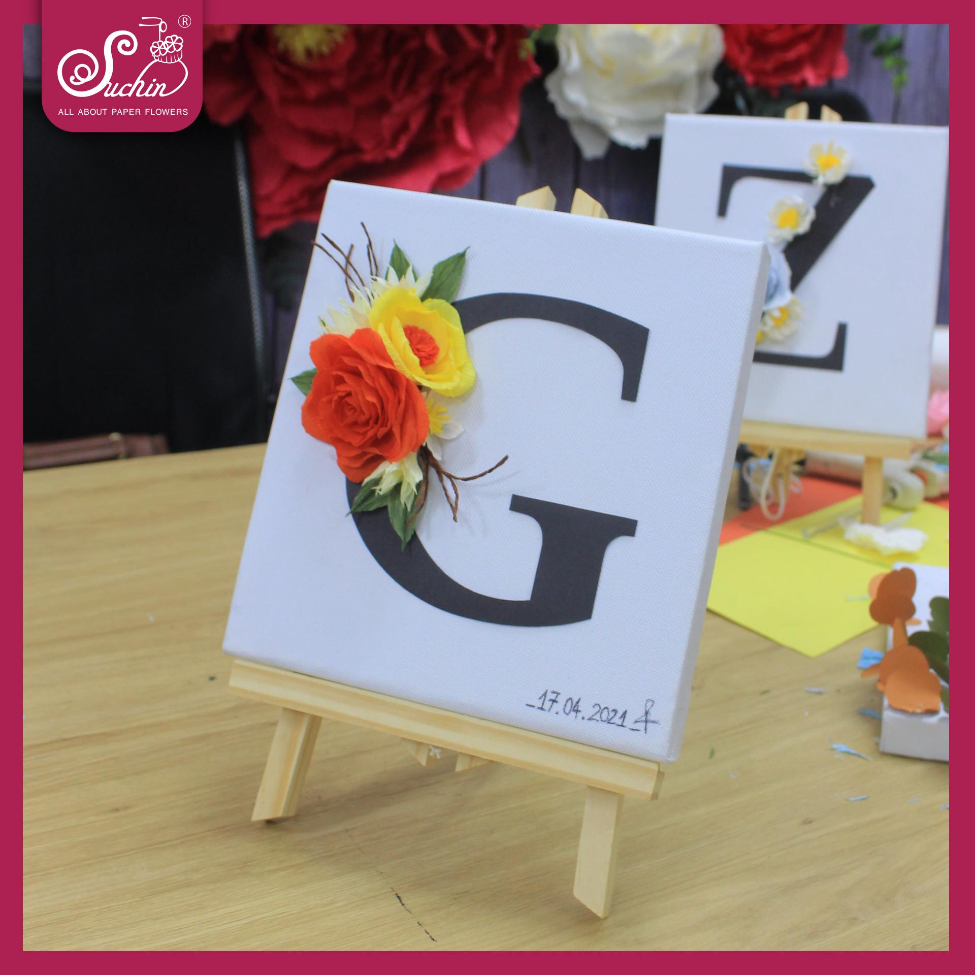 Tranh hoa giấy chữ G