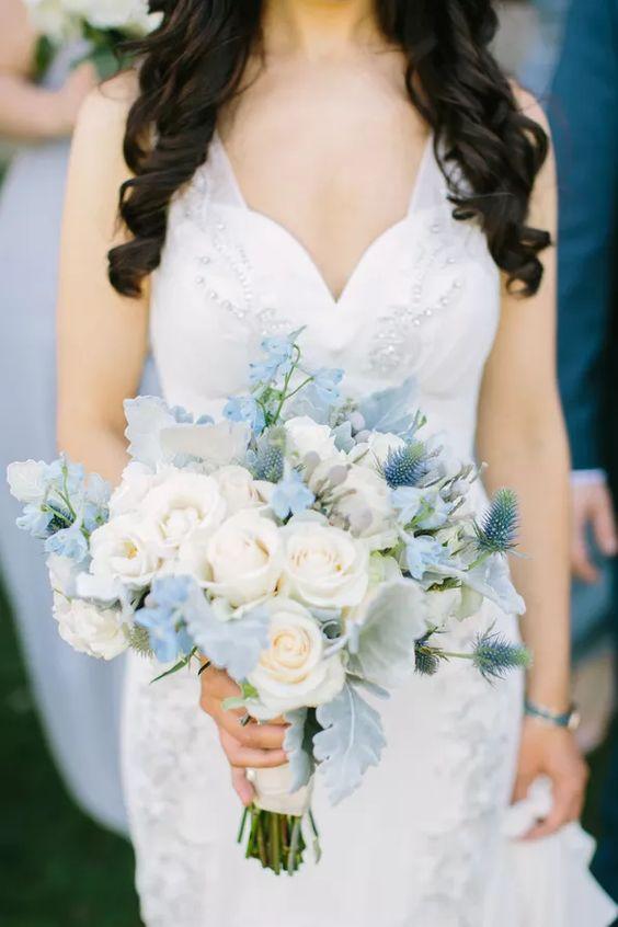 Mẫu hoa cưới cầm tay đẹp nhất dành cho ngày cưới